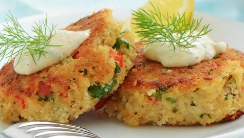 Crab Cakes With Potato Flakes
